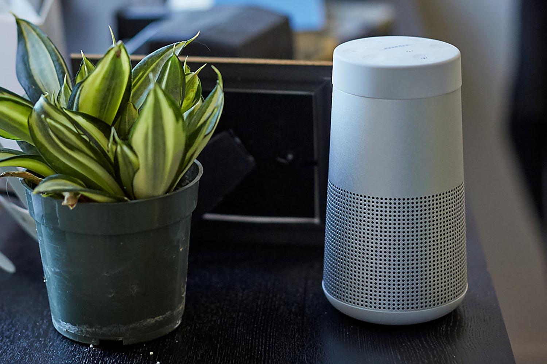 BOSE Bluetooth speaker SLink REV